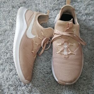 [Nike] Light Pink Running Shoes